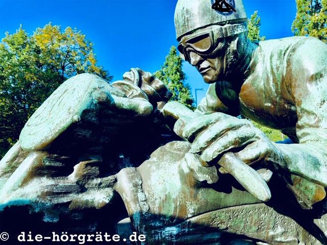 Skulptur von Max Esser