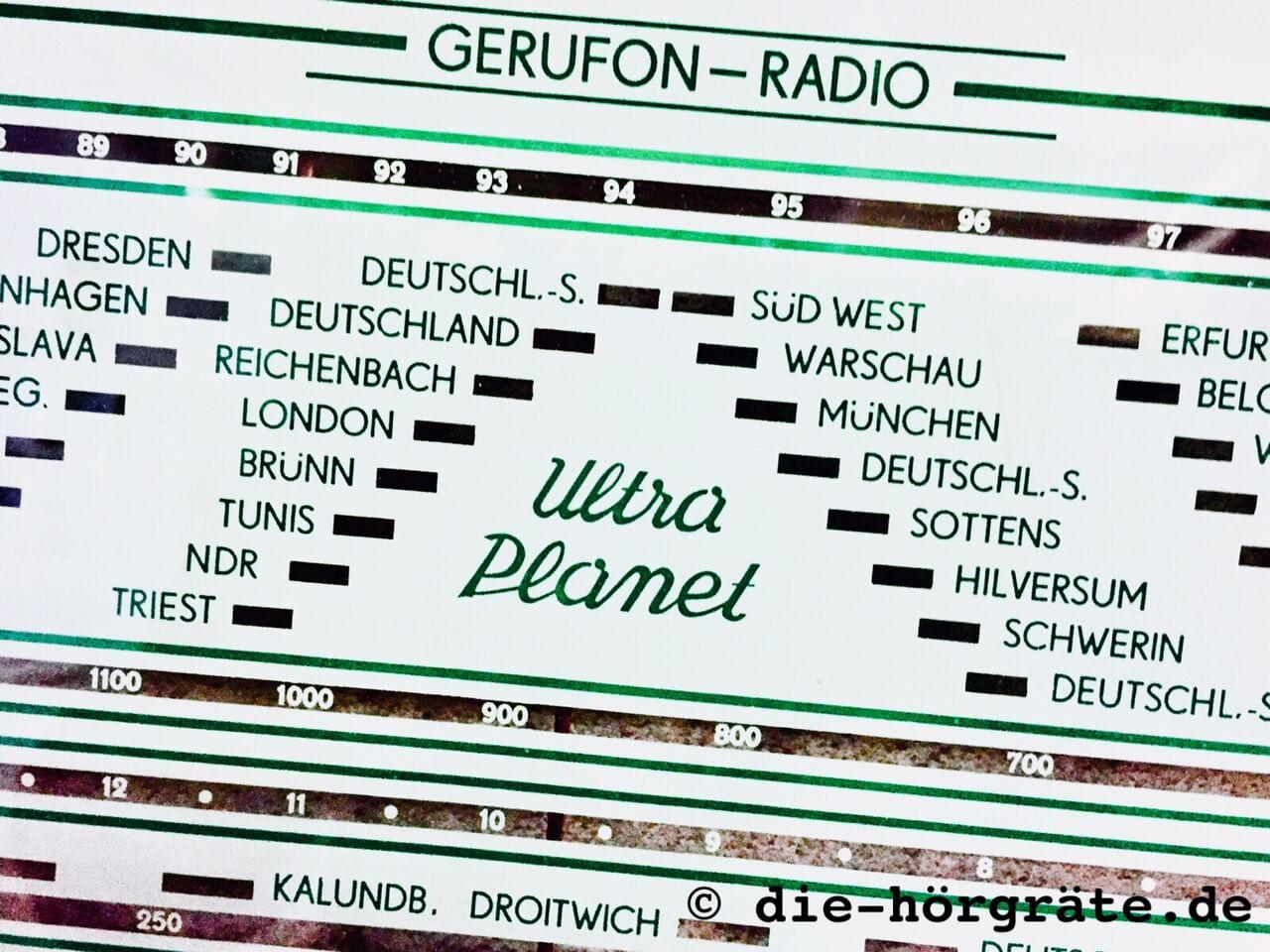 Ansicht der Sendersuche eines alten Ultra Planet Radios