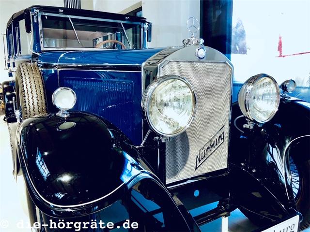altes Auto, Illustration zum Beitrag über Autoklänge