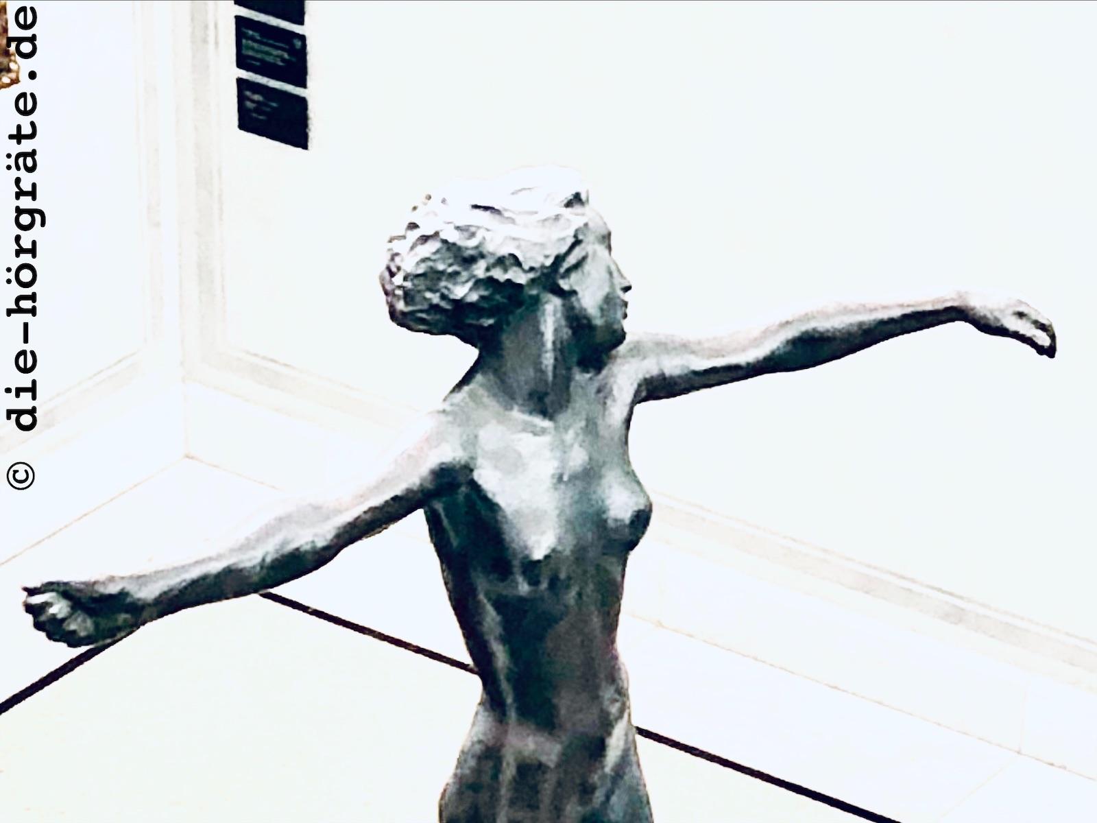 Die Tänzerin von Georg Kolbe