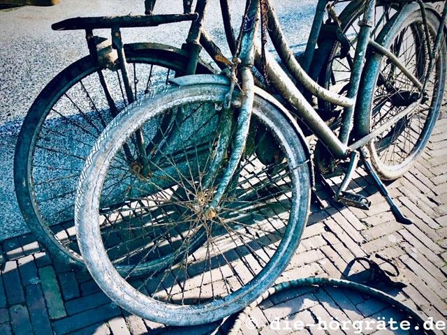 Fahrradschrott aus einerr Gracht