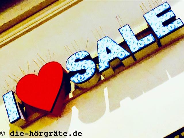 """Leuchtschrift """"I love Sale"""""""