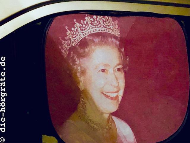Autoscheibe mit Queen - Beitrag über die Wirkung des Sprechens